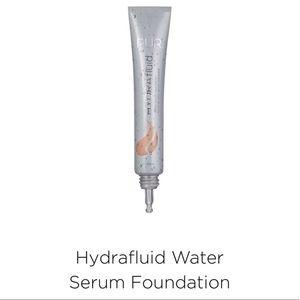 PUR Hydra Fluid Water Foundation